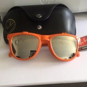 NWT Ray-Ban sunglasses & Ray-Ban  case